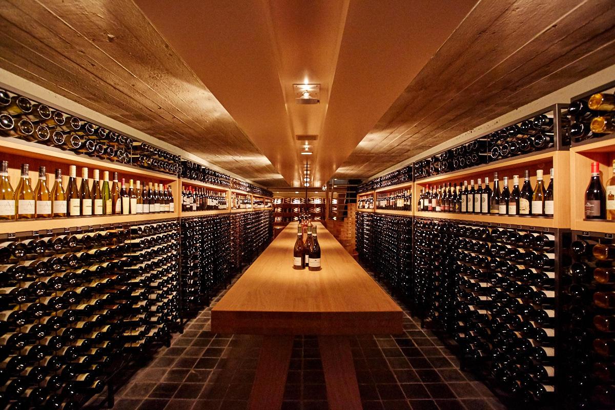 Voedsel en keuken wijn en druiven u stockfoto lucidwaters
